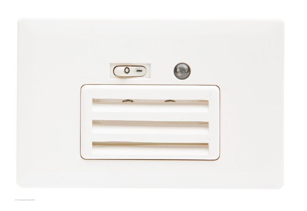 Wall Mounted Night Lights : In Wall Night Light - Horizontal Louver : 20K3W Newton Electrical Supply